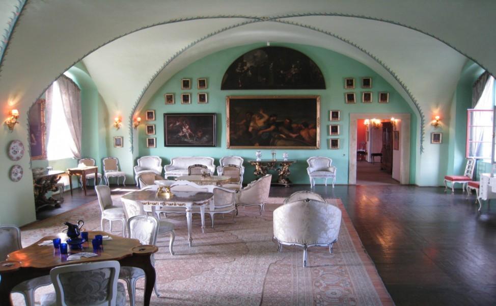 Интерьеры замка Мельник — Большая гостиная.