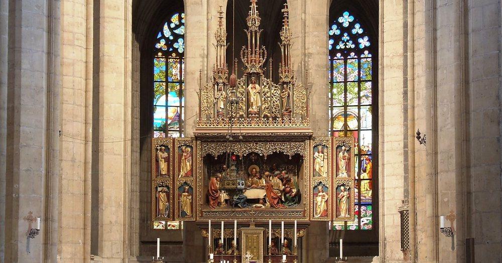 Фрагмент интерьера собора Святой Варвары в Кутна-Горе (Чехия).