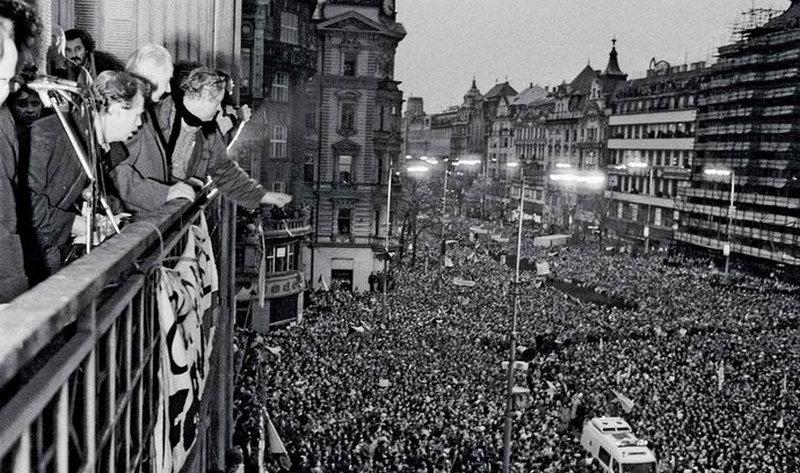 Бархатная революция в Праге