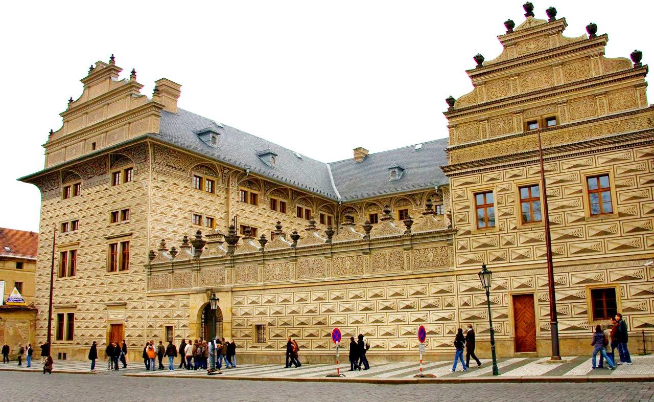 Шварценбергский дворец в Праге.