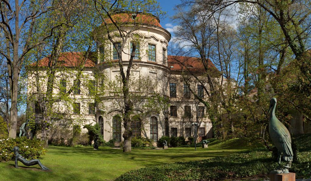 Штернбергский дворец в Праге.