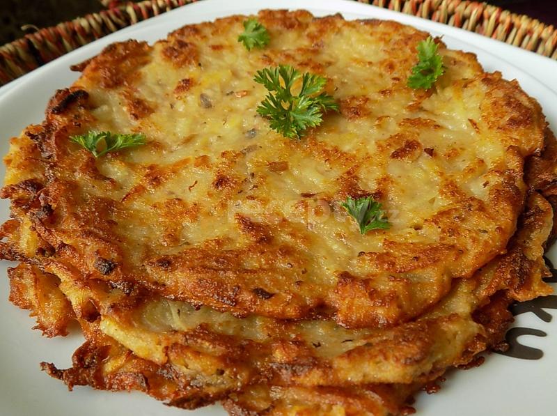 Брамбораки - Национальные блюда чешской кухни