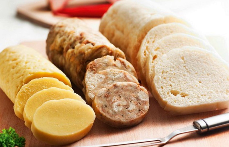 Кнедлики - чешская национальная кухня.