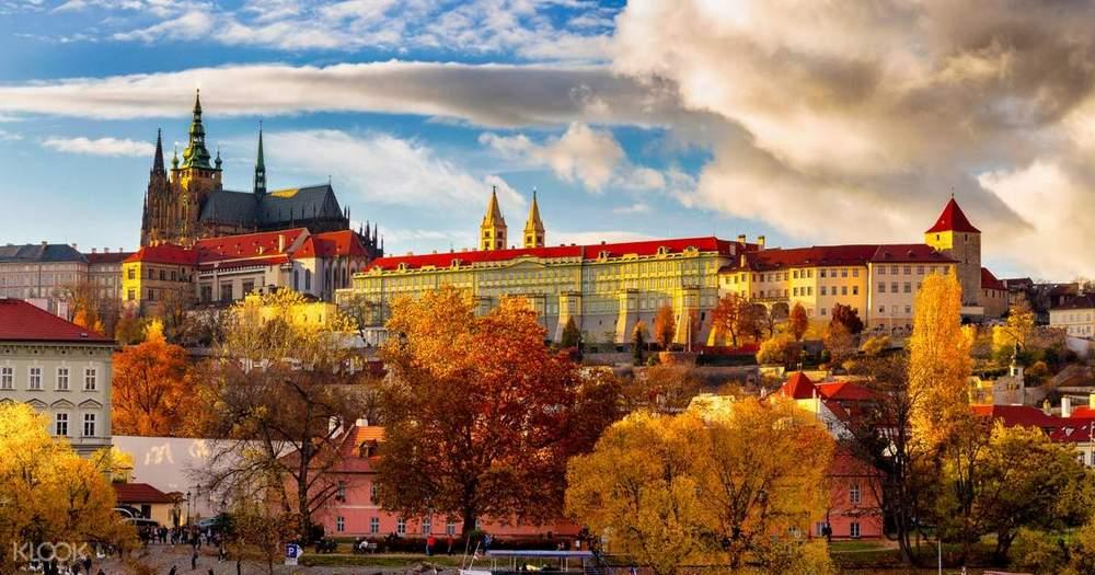 Прага осеью