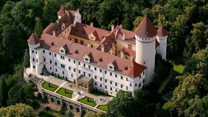 Замок Конопиште в Центральной Чехии.