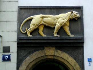 «У золотого тигра» — пивная с богатой историей и удивительными традициями.
