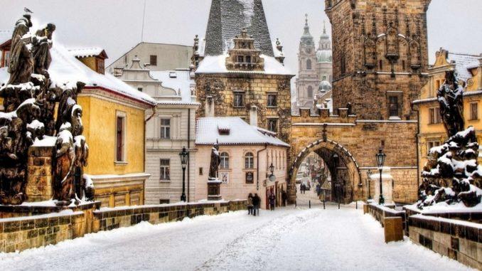 Прага зимой - Карлов мост