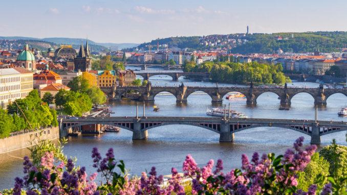 Прага весной - Когда ехать в Прагу